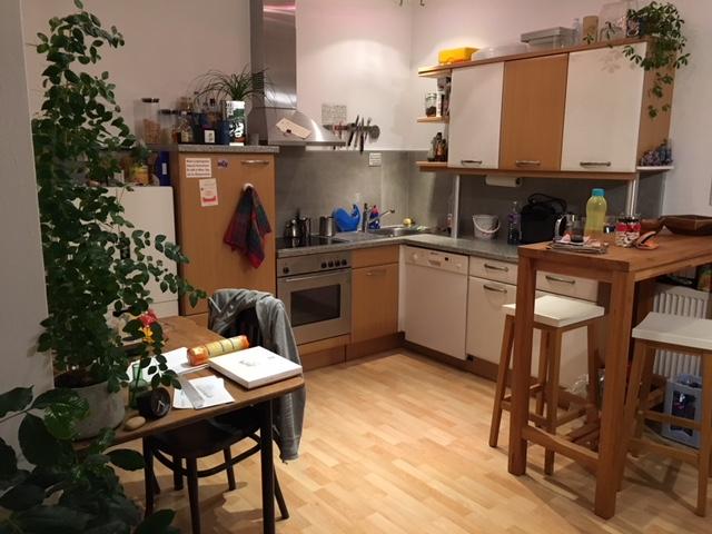 Bruck. Zentrale 3 Zimmer-Dachgeschoss-Wohnung