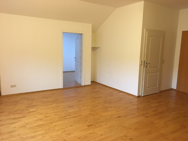 Bruck. Charmante 2 Zimmerwohnung in sehr ruhiger Zentrumslage