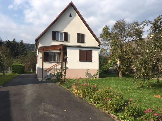 VERKAUFT -     Haus mit Potential und großem Grundstück. Ruhelage