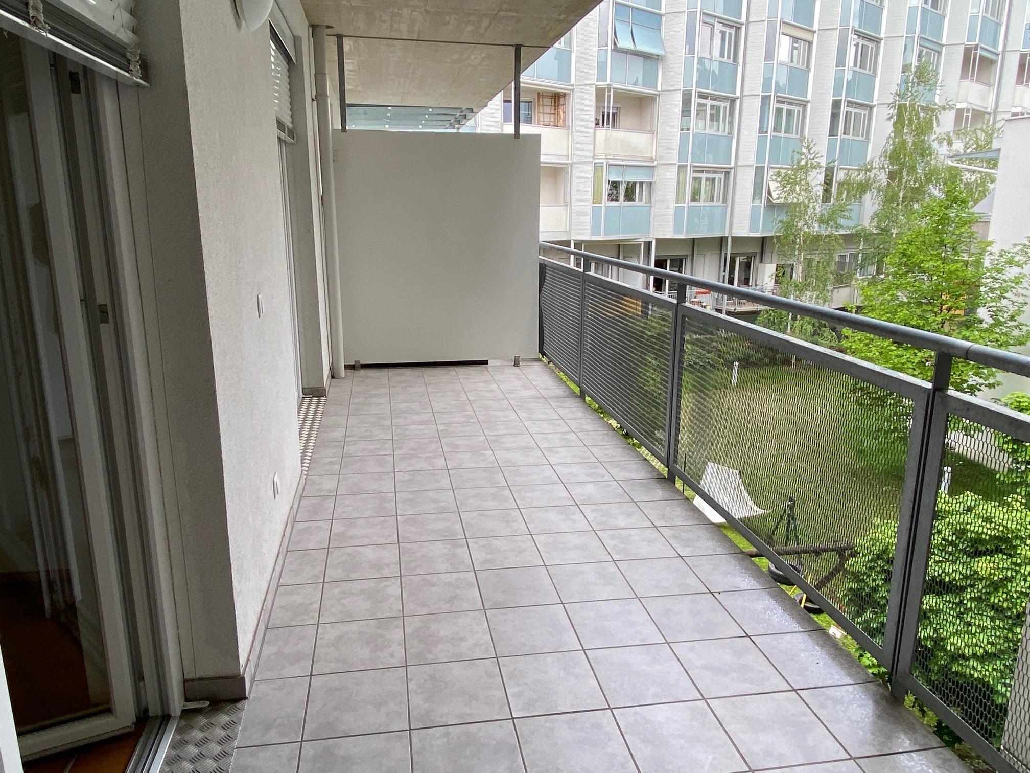 Graz-Leonhardstraße... LKH-Nähe...ruhige 2 Zimmerwohnung mit großem Balkon